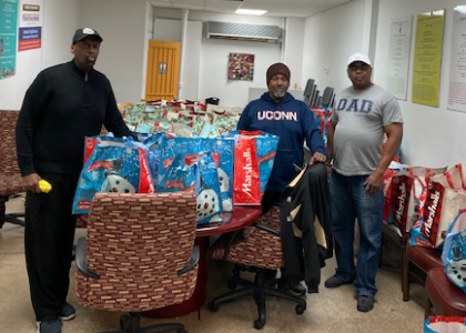 MNDC Provides 56 Families with Thanksgiving Baskets